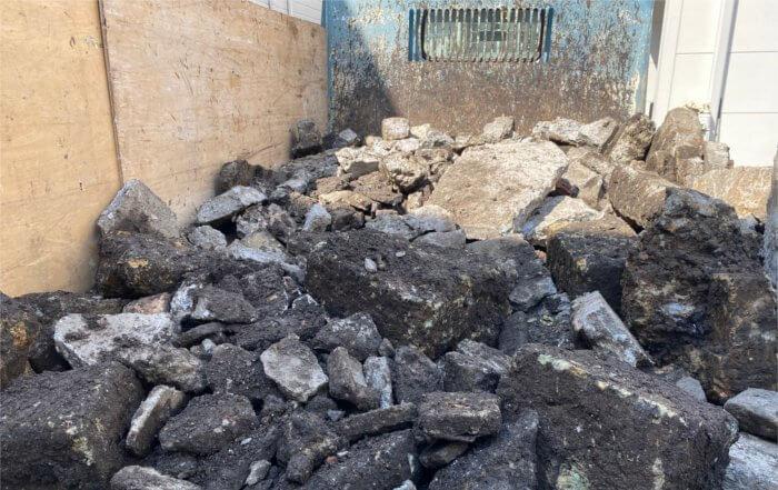 解体で出てきた地中埋設物